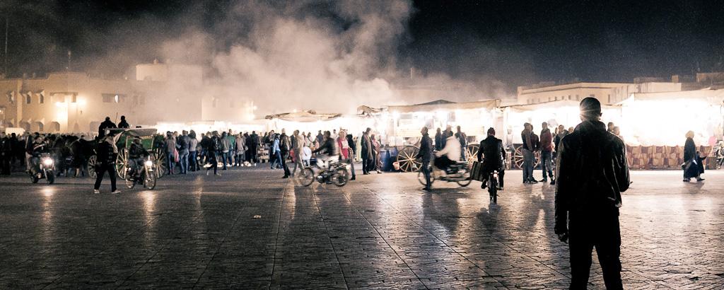 20120103 - Visite à la place Jemaa El Fna - Intro